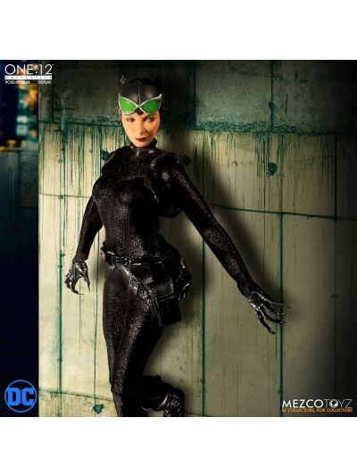 Mezco Toys ONE:12 COLLECTIVE Catwoman - 76820