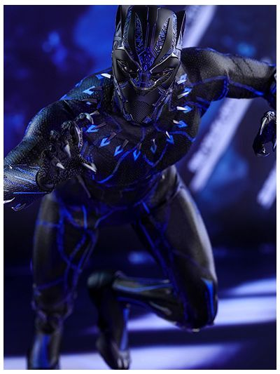 BLACK PANTHER BLACK PANTHER 1/6TH SCALE COLLECTIBLE FIGURE - MMS470