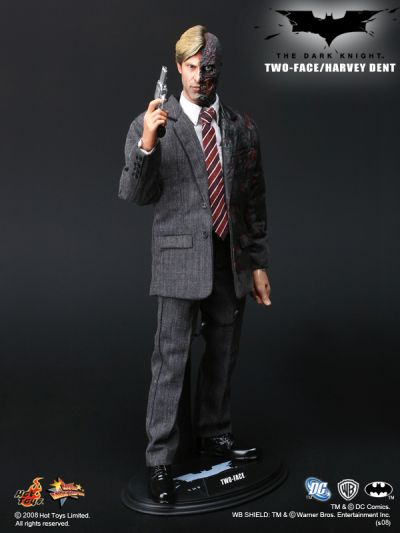 HOT TOYS THE DARK KNIGHT: TWO FACE / HARVEY DENT 1/6 Scale Action Figure (BIB) - MMS81