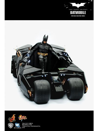 The Dark Knight - Batmobile Tumbler - MMS69 (BIB)