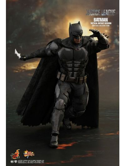 Justice League - Batman (Tactical Batsuit Version) - MMS432