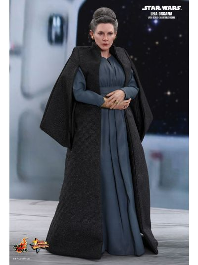Hot Toys STAR WARS: THE LAST JEDI LEIA ORGANA 1/6TH SCALE COLLECTIBLE FIGURE - MMS459
