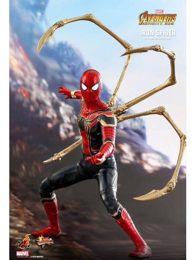 Hot Toys AVENGERS: INFINITY WAR IRON SPIDER 1/6TH SCALE COLLECTIBLE FIGURE - MMS482